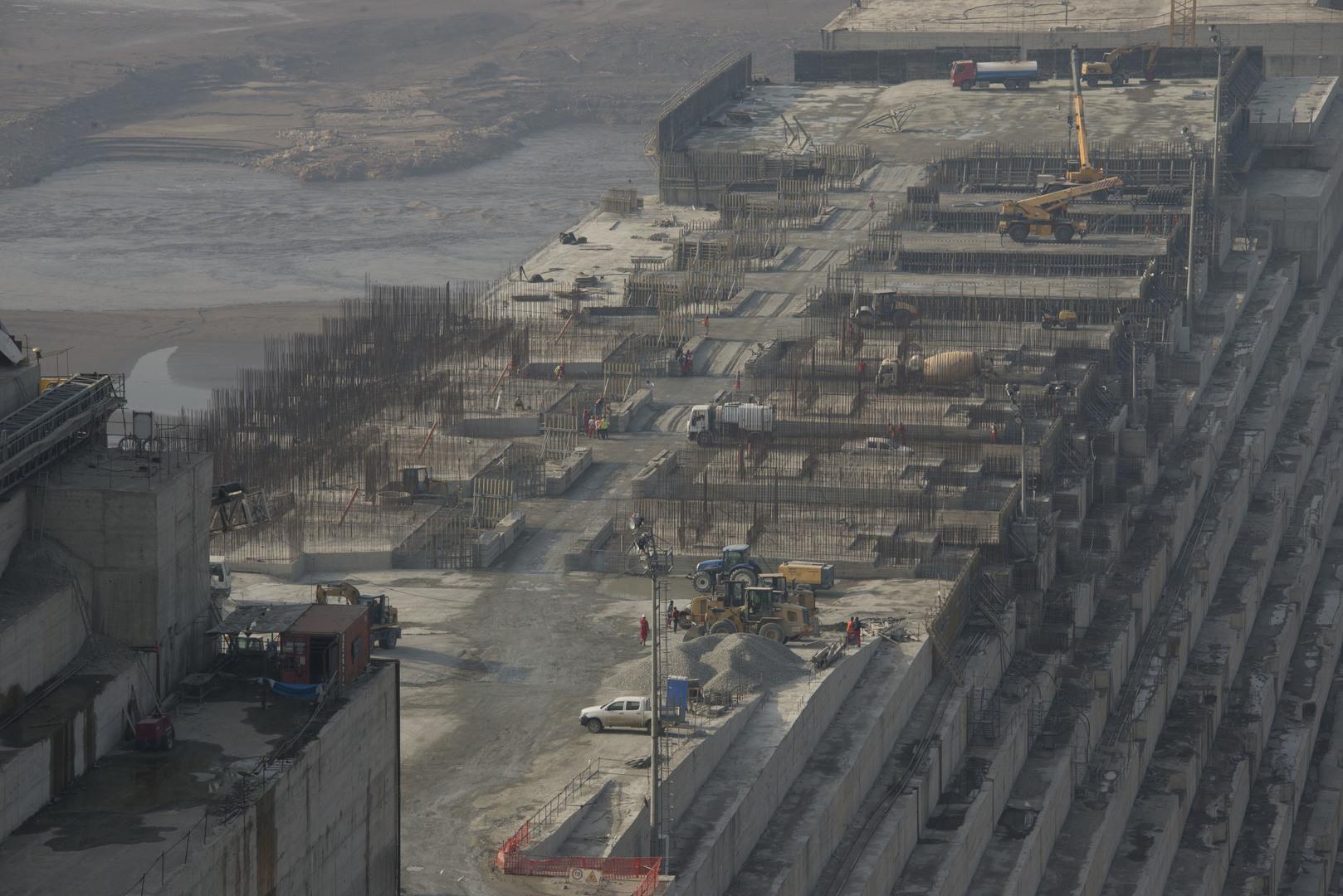 خبير مصري: حجز 75 مليار متر مكعب من المياه خلف سد النهضة ليس بالأمر الهين