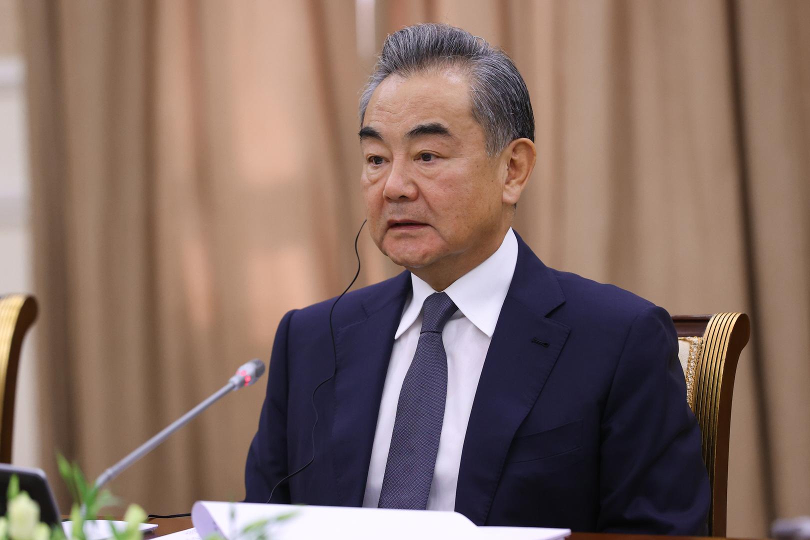 الصين تدعو للإفراج عن الأصول الأفغانية المجمدة
