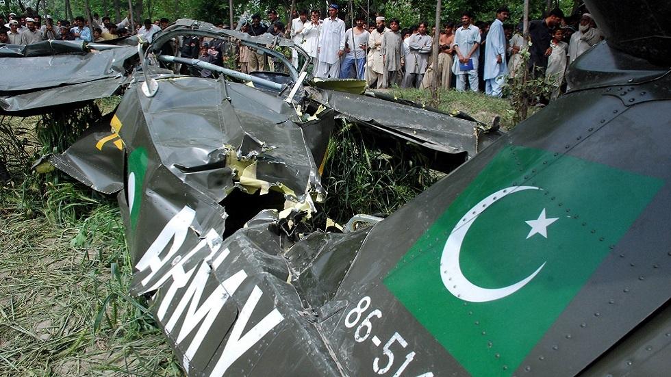 مقتل طيار بتحطم طائرة تدريب لسلاح الجو الباكستاني