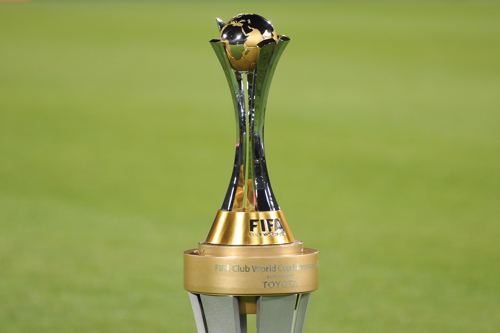 الاتحاد الإماراتي يكشف عن موقفه من استضافة مونديال الأندية