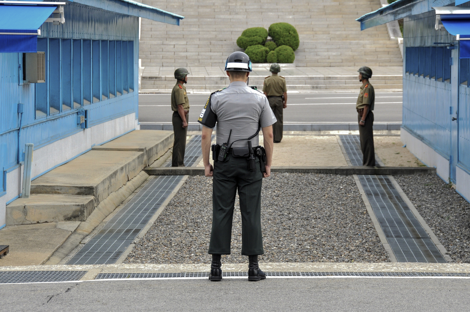 حديث كوري جنوبي عن حوافز لكوريا الشمالية وسعي لتحويل الهدنة إلى سلام دائم