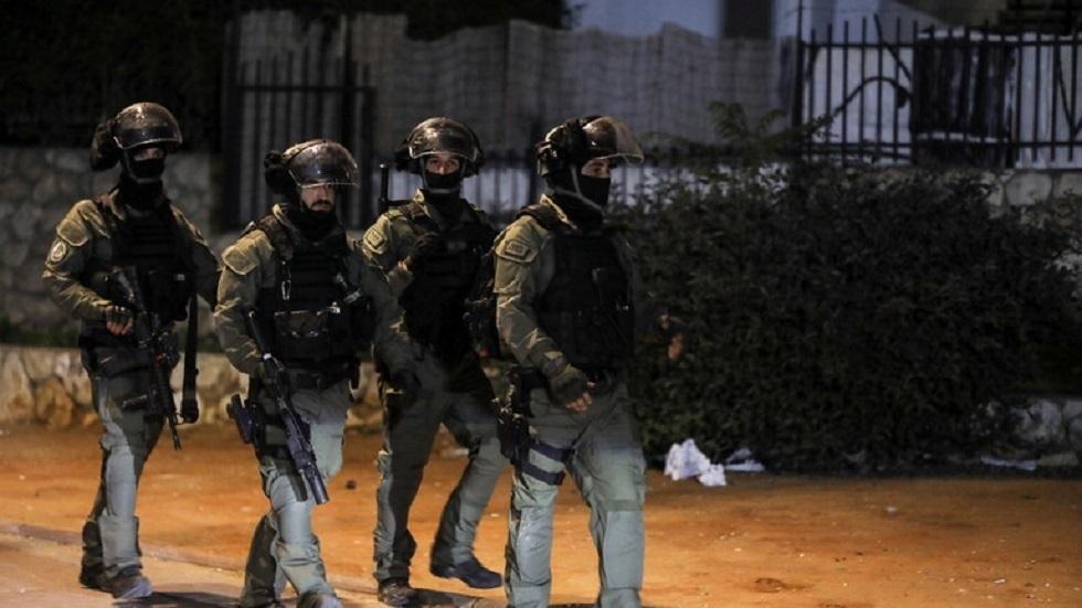قناة إسرائيلية تكشف تكاليف عملية البحث عن الأسرى الفلسطينيين