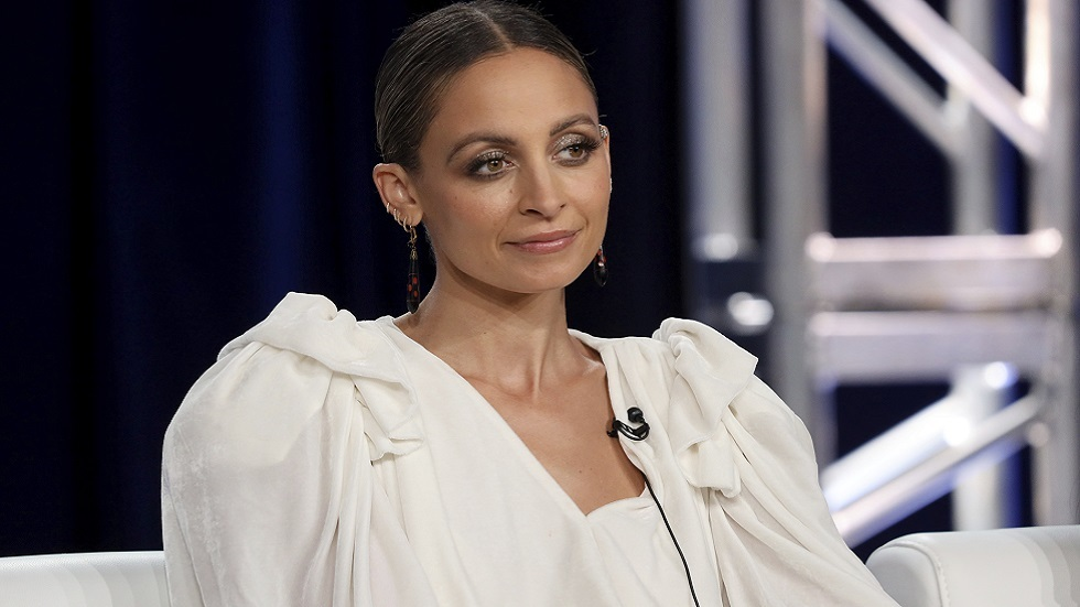 احتراق شعر ممثلة أمريكية شهيرة خلال احتفالها بعيد ميلادها الـ40.. (فيديو)