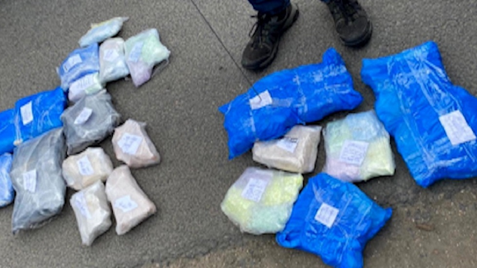 الأمن الروسي يقطع إحدى أكبر قنوات تهريب المخدرات