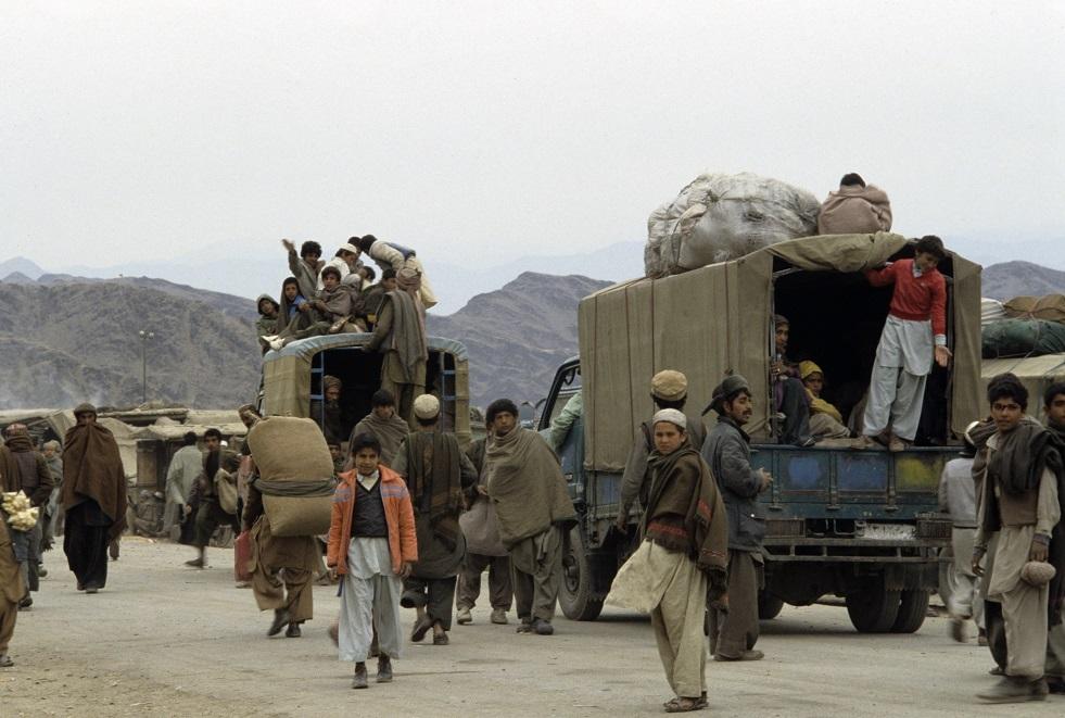 لاجئون أفغان يعتدون على امرأة تخدم في قاعدة بالولايات المتحدة
