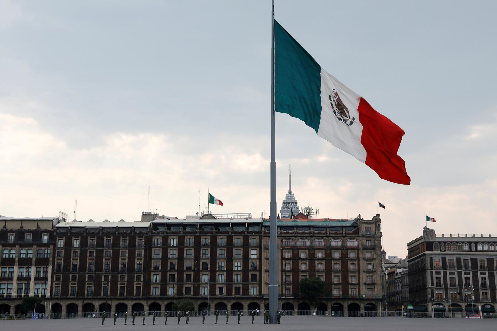 المكسيك تطلب دعما من إسرائيل في القبض على مسؤول سابق
