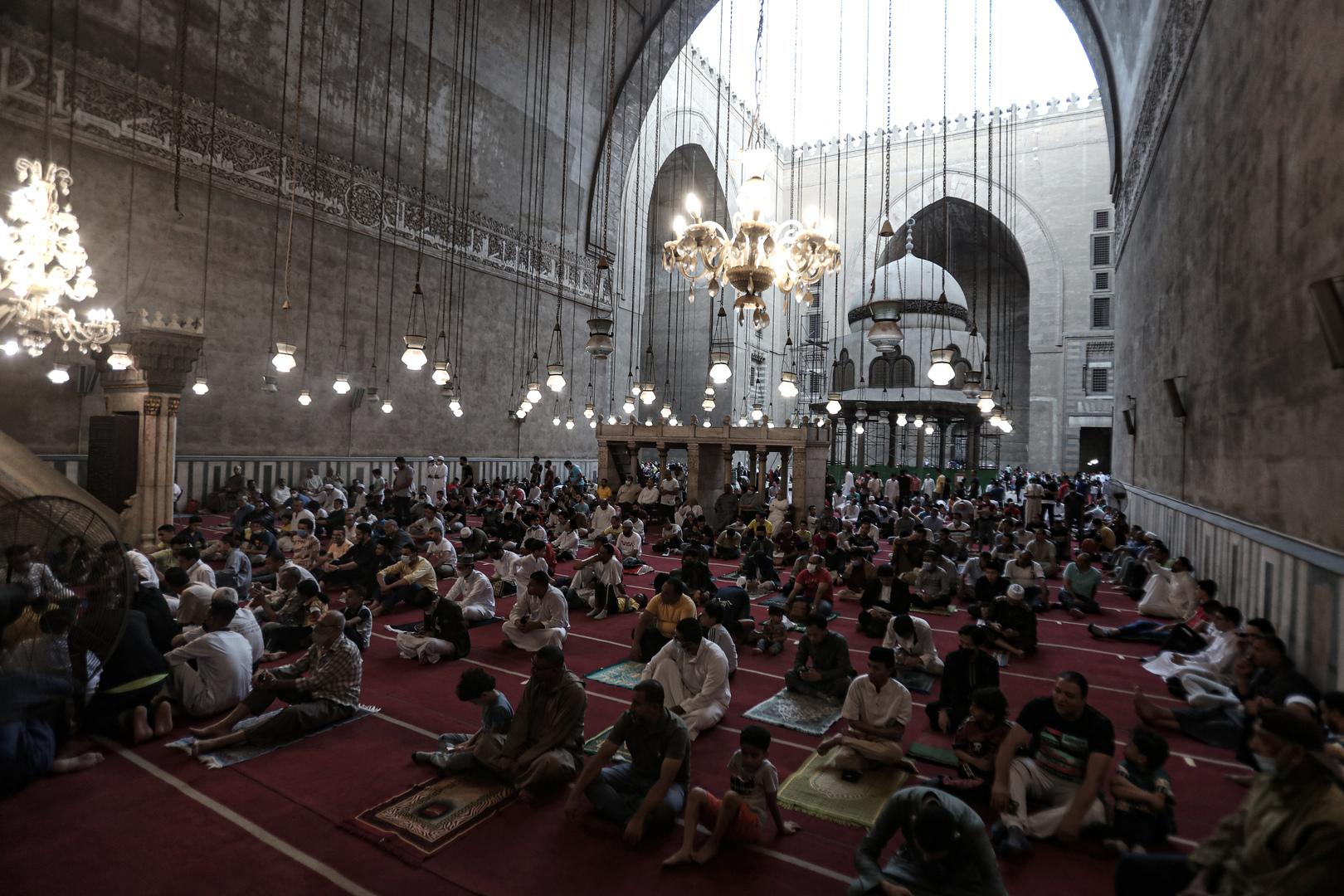 الإعلام المصري: محكمة مصرية تصدر حكما تاريخيا بشأن 42 مسجدا