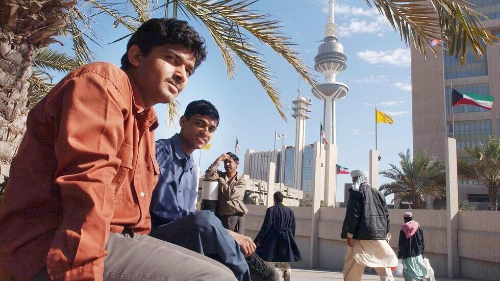 تقرير حكومي: الهنود والمصريون الأكثر مغادرة لسوق العمل في الكويت