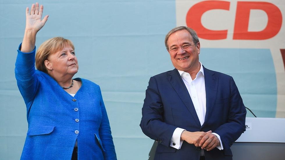 الألمان يصوتون في انتخابات محتدمة لاختيار خليفة ميركل