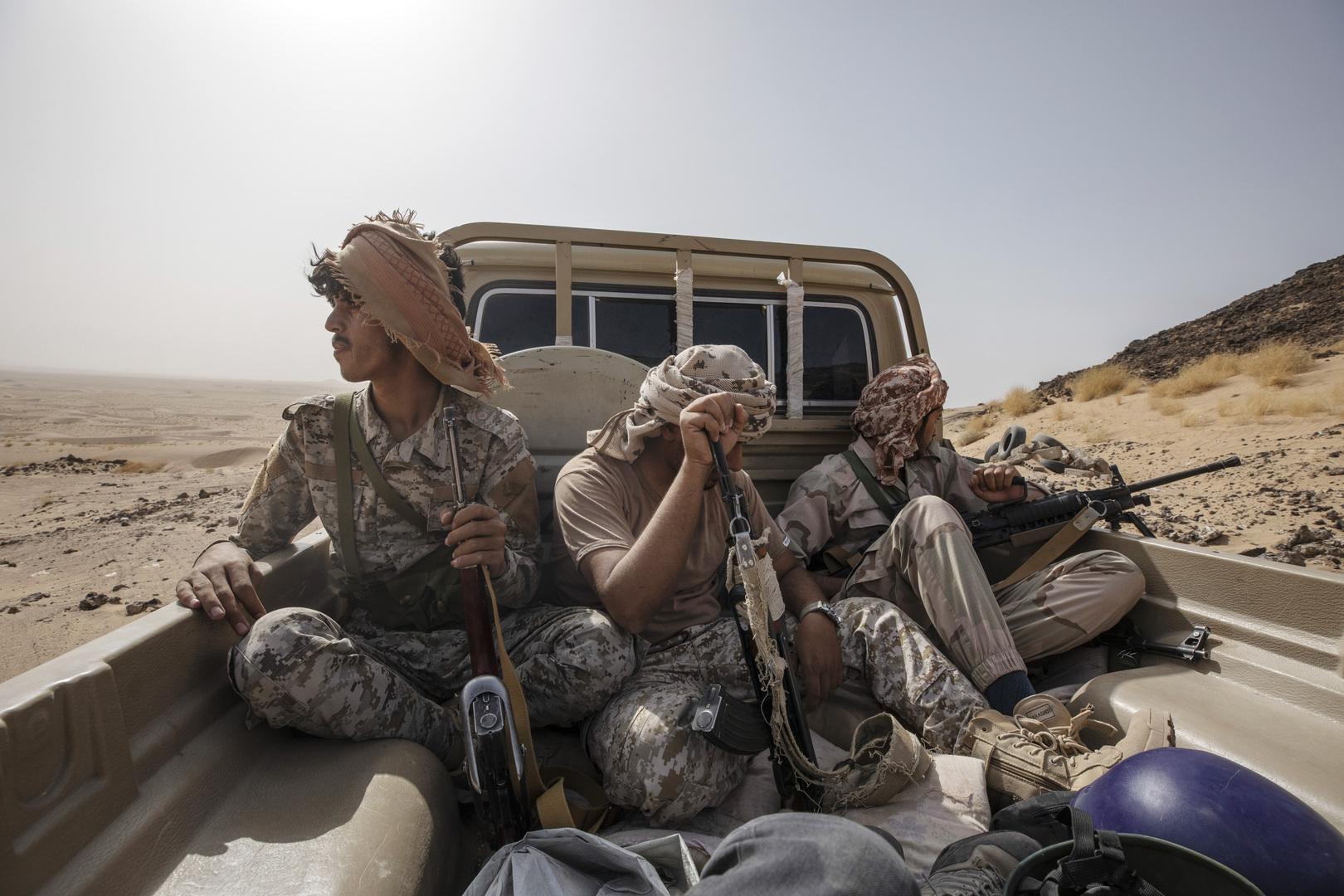 عناصر لجماعة الحوثيين