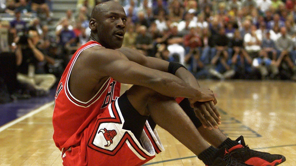 صورة أرشيفية لأسطورة كرة السلة الأمريكية مايكل جوردن