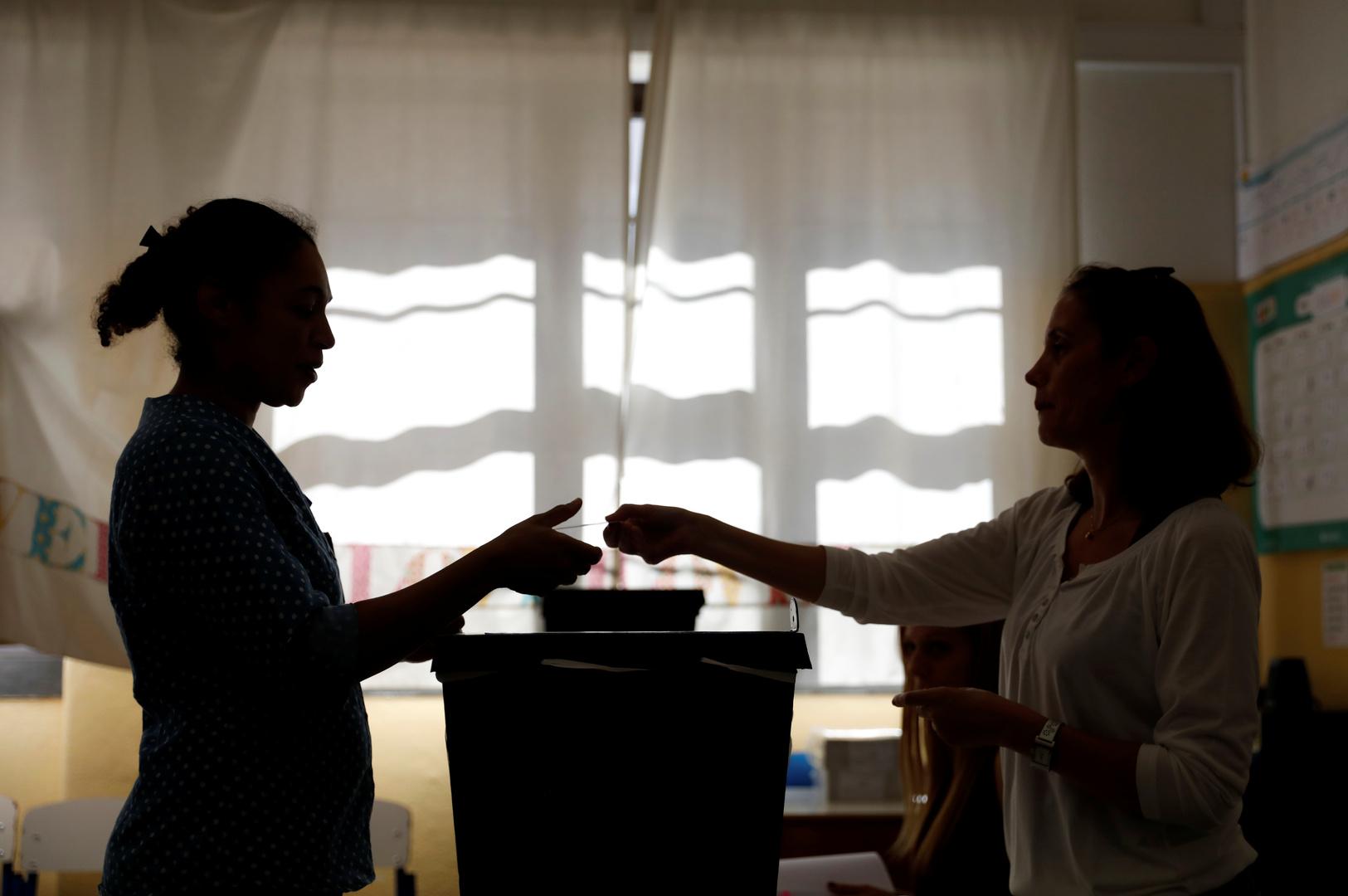 الاشتراكيون يفوزون بالانتخابات البلدية البرتغالية ويخسرون لشبونة أمام اليمين
