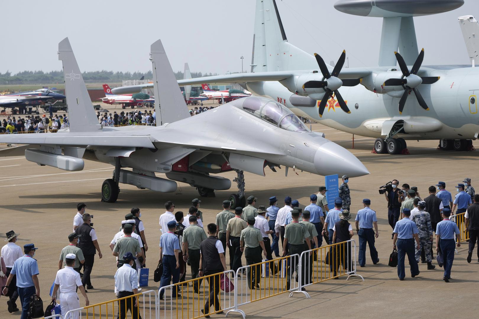 الصين.. معرض جوي يرفع السرية عن مسيرات وأسلحة وصاروخ فضائي