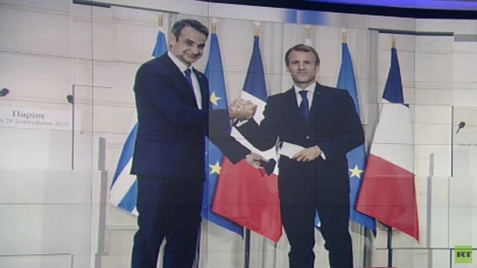 اتفاقية شراكة استراتيجية بين باريس وأثينا