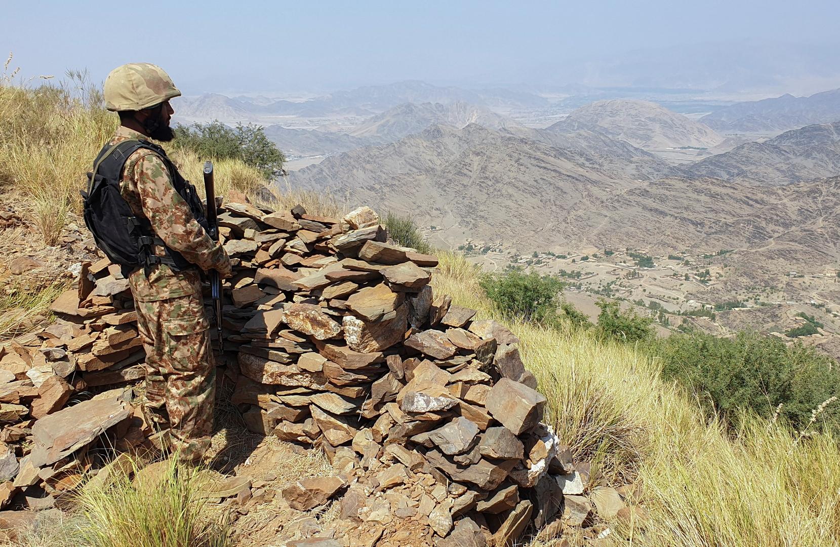 القوات الباكستانية تقتل 10 مسلحين شمال غرب البلاد