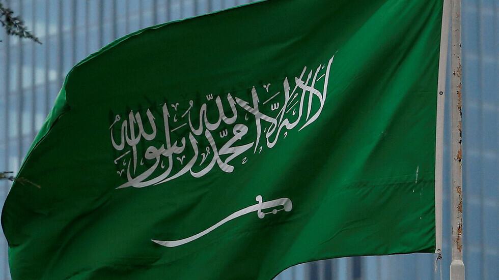 السعودية.. 5 أشخاص يتحرشون بفتيات في مكة المكرمة والشرطة تكشف هوياتهم