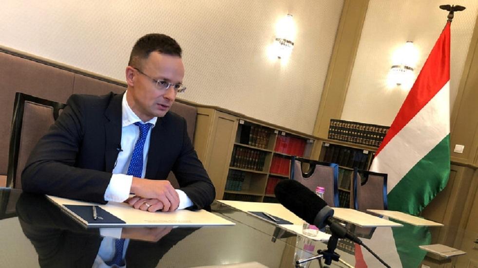 هنغاريا تتهم الاتحاد الأوروبي بازدواجية المعايير