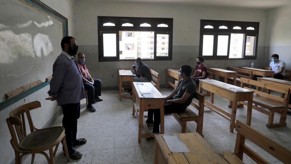 الحكومة المصرية: أي موظف يرفض تلقي لقاح كورونا لن يسمح له بدخول مقر عمله