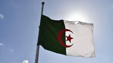 هل زار وزير الخارجية السعودي الجزائر سعيا للوساطة بينها وبين المغرب؟