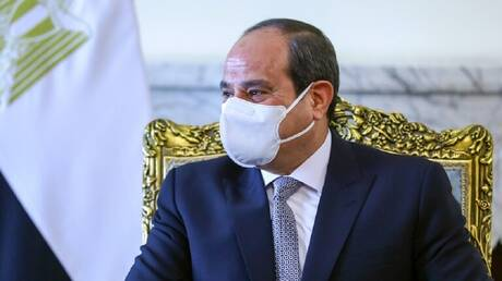 مصر.. السيسي يتسلم أوراق سفير قطر الجديد
