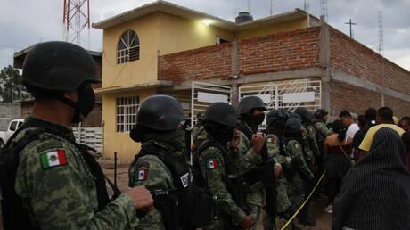 الأمن المكسيكي يقتل 9 مسلحين في تبادل لإطلاق النار قرب الحدود