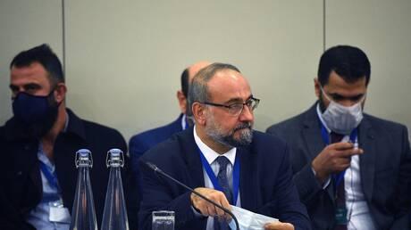 مستشار الرئيس اللبناني يبحث مع مبعوث بوتين استجرار الطاقة إلى لبنان وعودة النازحين السوريين