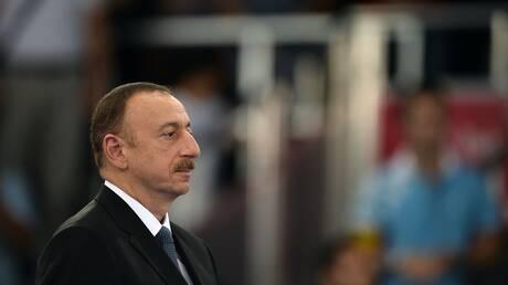 أذربيجان تقدم طلبيات جديدة لشراء أسلحة من روسيا