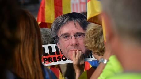 إسبانيا: سنحترم قرار محاكم إيطاليا بخصوص بوتشديمون