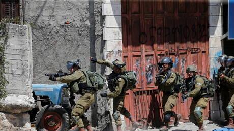 وسائل إعلام: الجيش الإسرائيلي يختطف شابين فلسطينيين في جنين