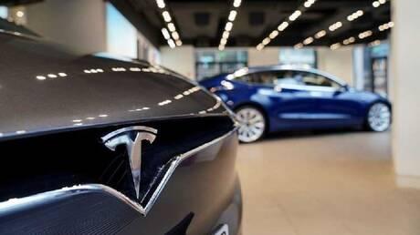 """رغم النقص العالمي في الرقائق.. """"تسلا"""" تسعى لإنتاج 300 ألف سيارة حتى نهاية سبتمبر"""
