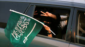 بالفيديو.. نساء السعودية في تدريبات حربية للقوات المسلحة