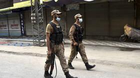 مقتل 7 جنود و5 مسلحين بإطلاق نار شمال غربي باكستان