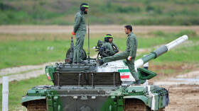 الجيش الإيراني يحذر من أي تصرف