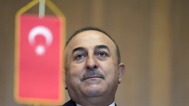 أنقرة ترد على تصريحات ماكرون عن الجزائر والنفوذ التركي فيها