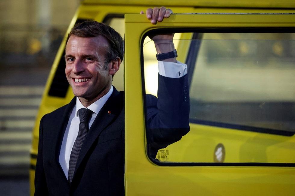 ماكرون: اتهام فرنسا بالتخلي عن مالي