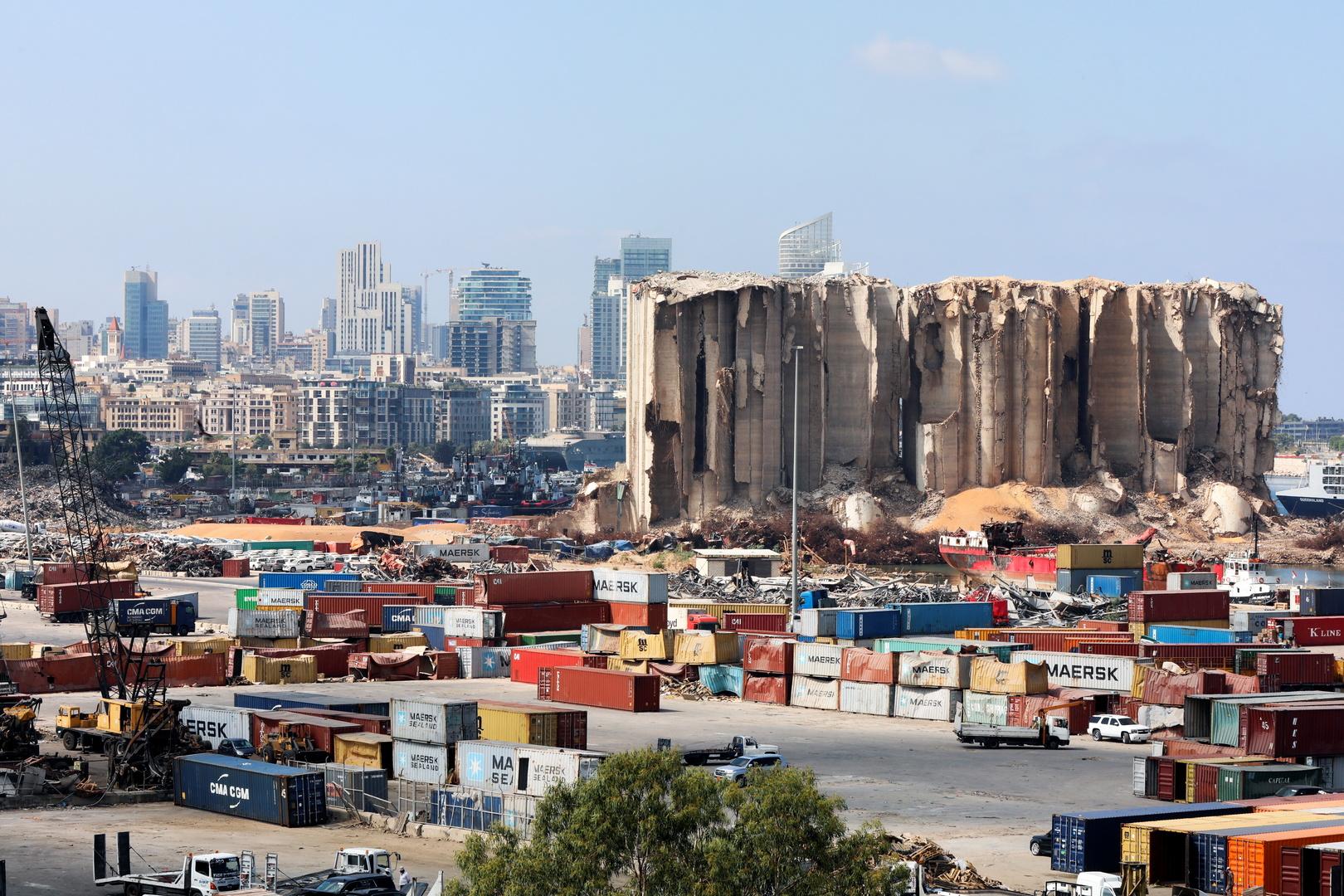 لبنان.. خطر جديد داخل مرفأ بيروت (صور)
