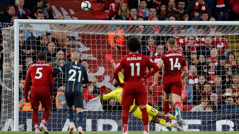 شاهد.. صلاح يحسم واحدة من أقوى المباريات بين ليفربول ومانشستر سيتي بهدف مذهل