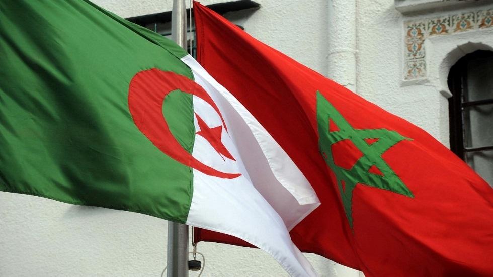 العلمان الجزائري والمغربي