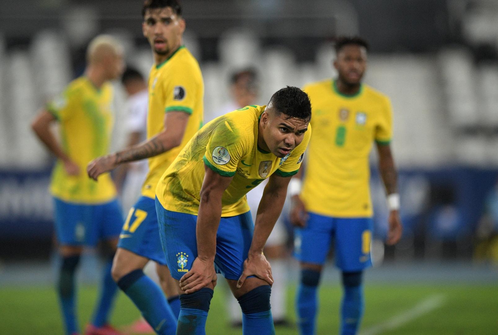 الكشف عن سر تأخر كاسيميرو للانضمام إلى منتخب البرازيل