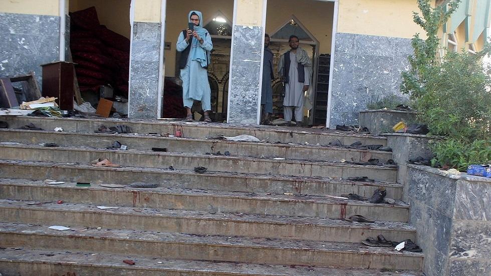 آثار هجوم على مسجد شيعي في قندوز الأفغانية