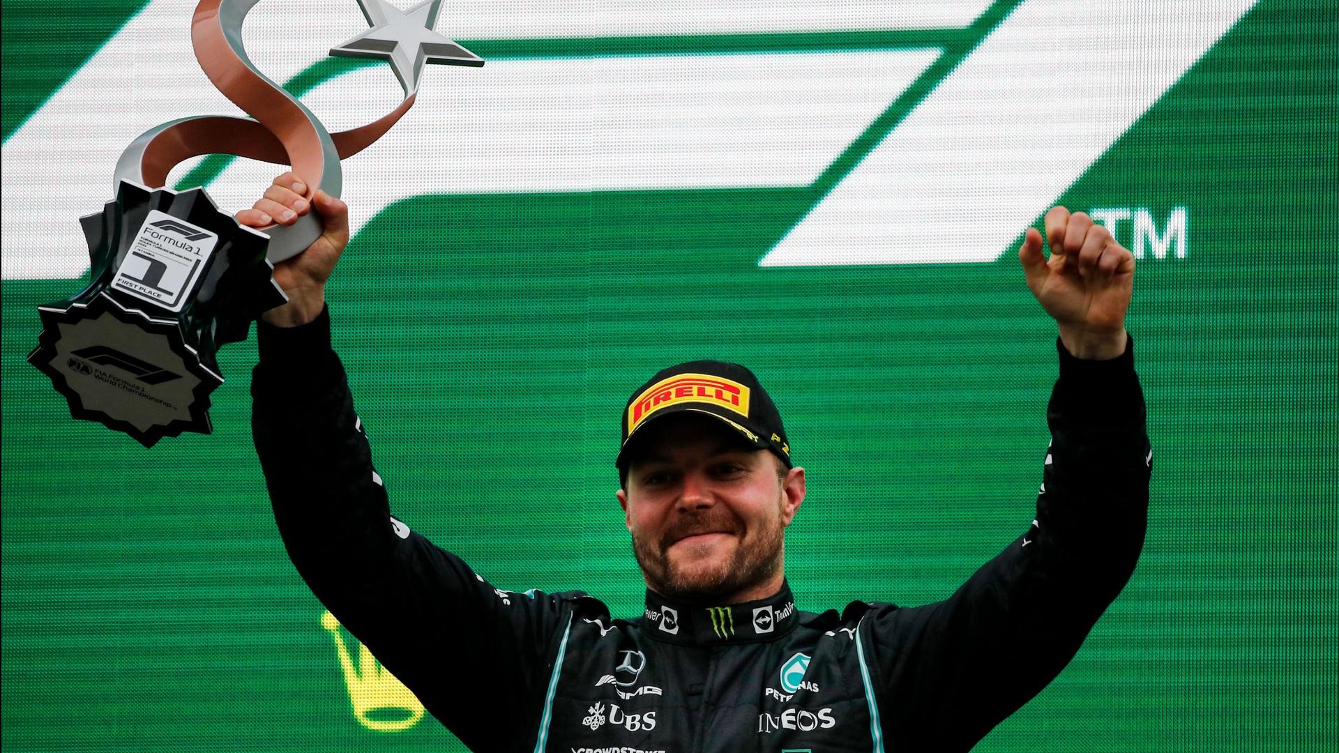 بوتاس سائق مرسيدس يفوز بسباق جائزة تركيا الكبرى