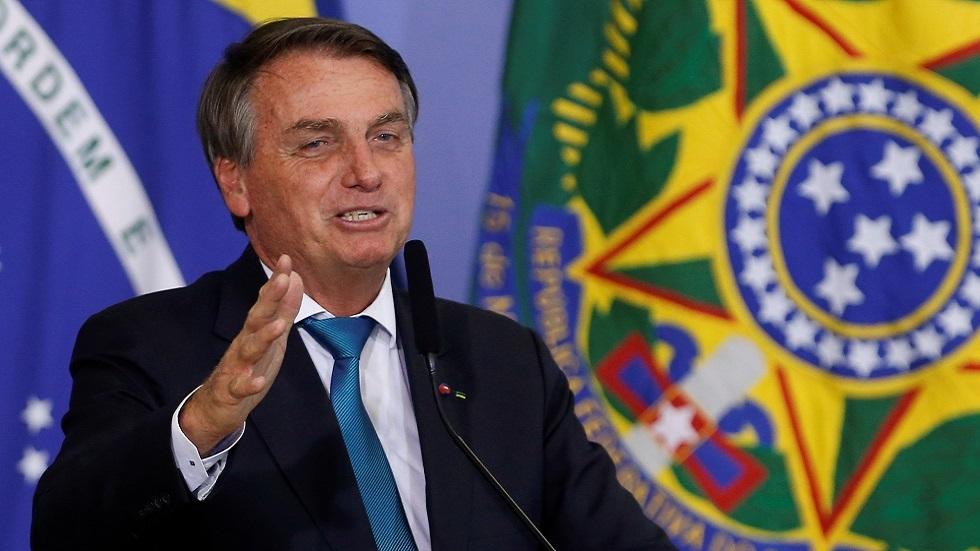 منع رئيس البرازيل من حضور مباراة فريقه المفضل بالدوري المحلي (فيديو)