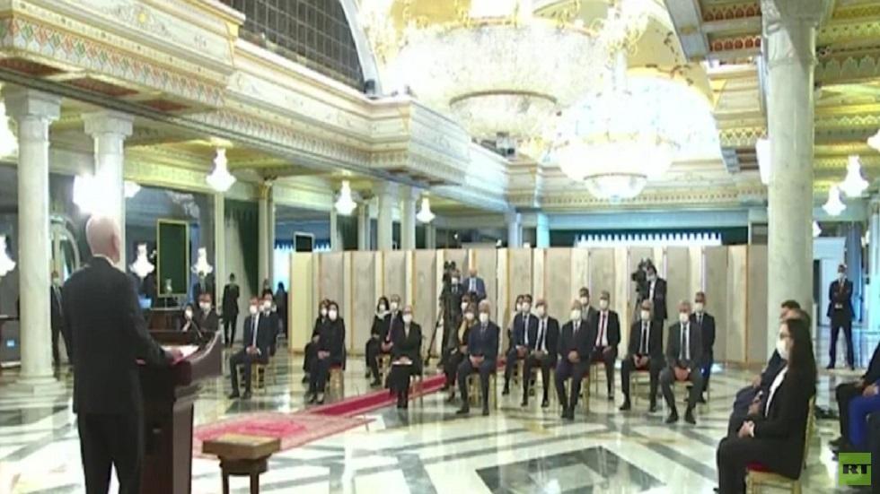 حكومة تونس الجديدة تؤدي اليمين الدستورية