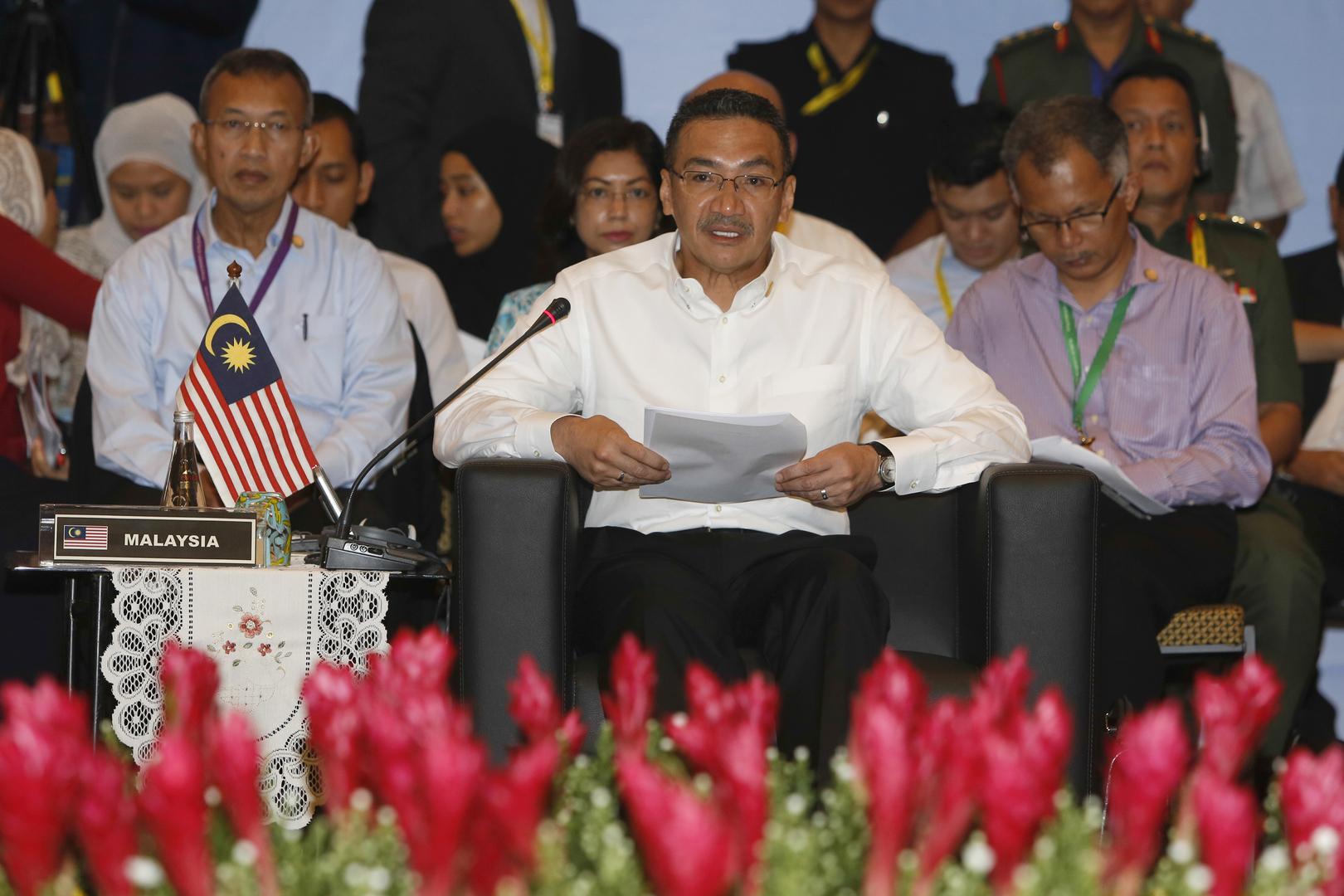 وزير الدفاع الماليزي هشام الدين حسين