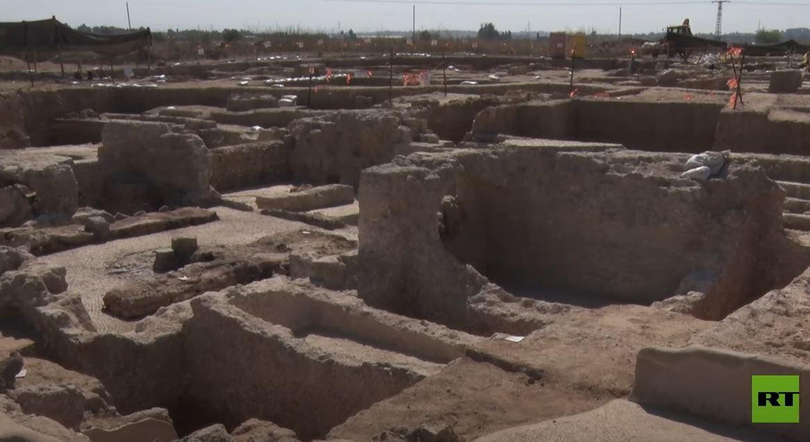 إسرائيل.. اكتشاف مصنع نبيذ عمره 1500 عام يعتبر الأكبر في العالم
