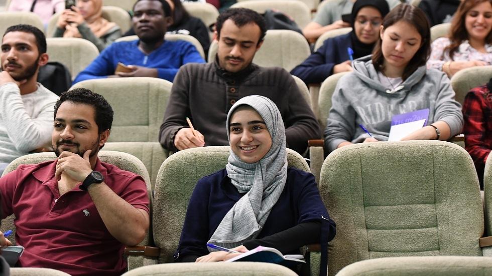 الداخلية الروسية تقرر تسهيل شروط إقامة الطلاب الأجانب