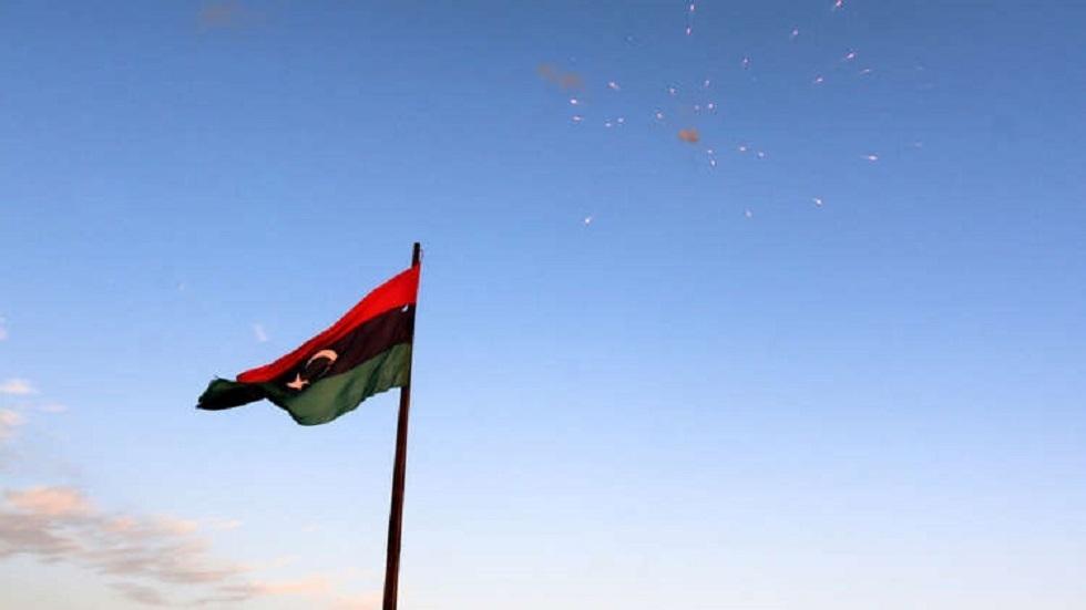 ليبيا.. القبض على 3 وافدين بحوزتهم أكسسورات تحمل شعارات ماسونية