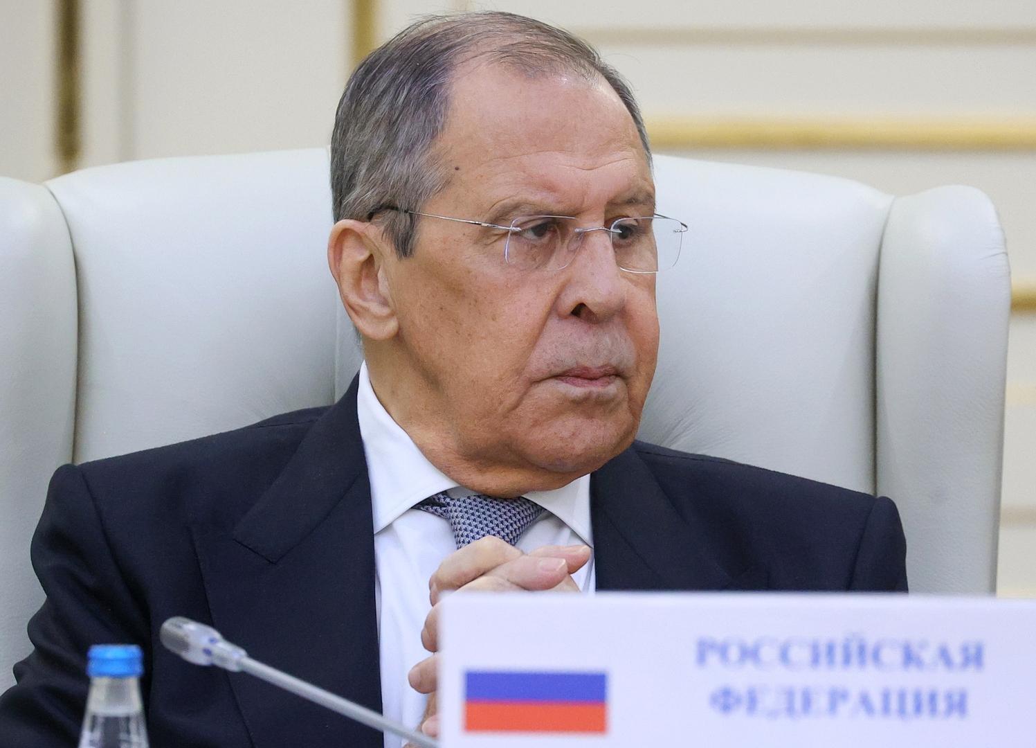 وزراء خارجية روسيا وأرمينيا وأذربيجان يستعرضون سير تطبيق الاتفاقات بشأن قره باغ