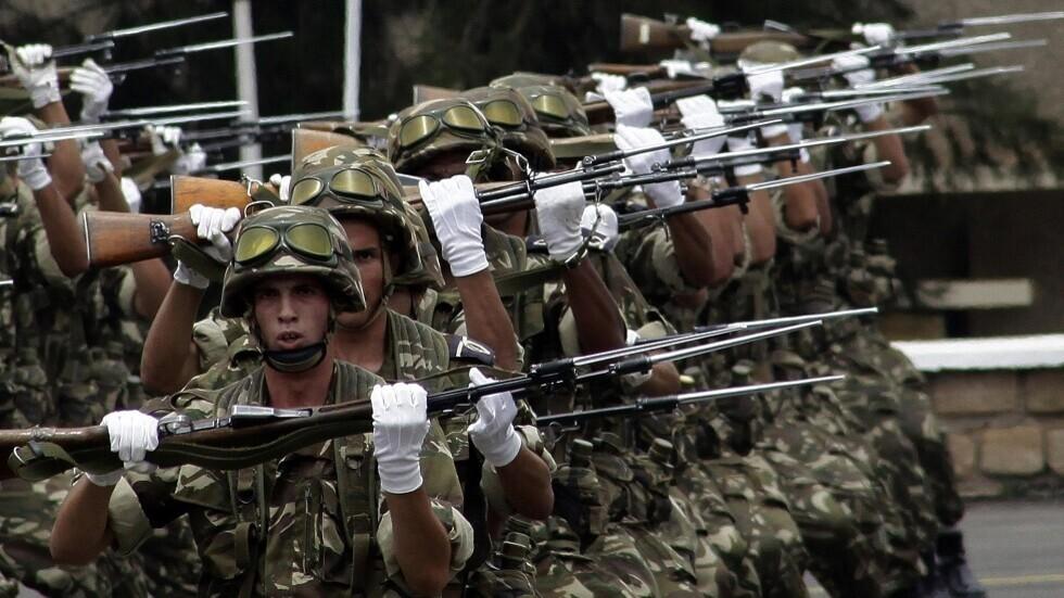 جنود جزائريون.