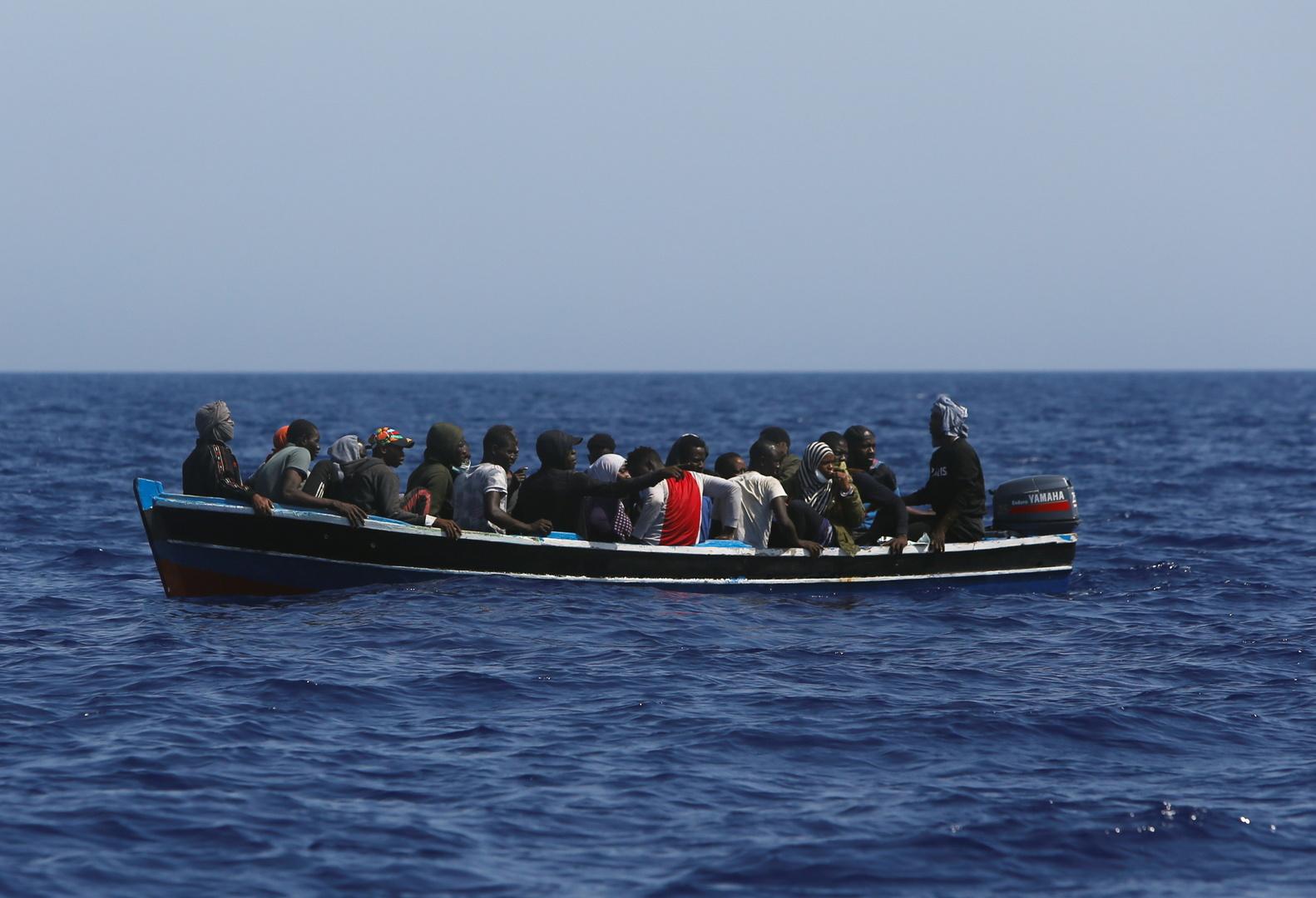 4 قتلى وأكثر من 20 مفقودا جراء غرق قارب مهاجرين قبالة سواحل إسبانيا